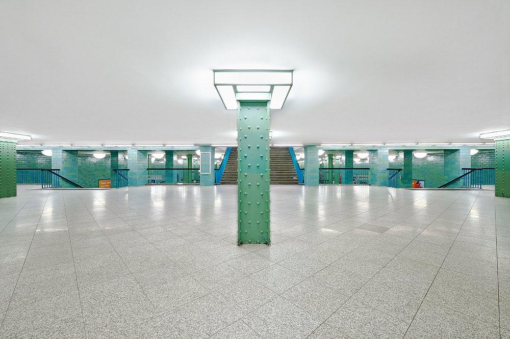 Berlin-metro-03-web.jpg