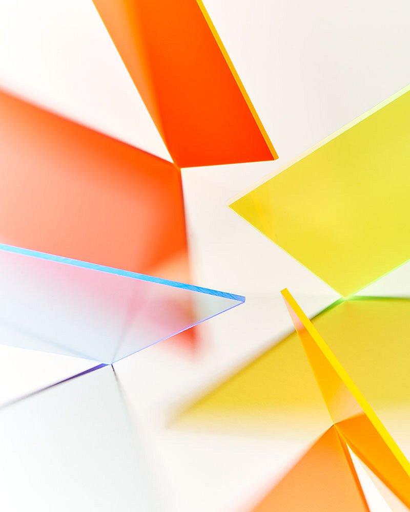 Abstractweb01.jpg
